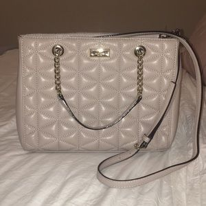 Elegant purse with strap!